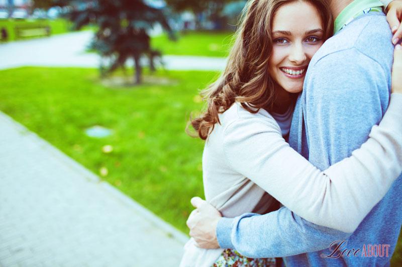 Как понять что мужчина козерог влюблен в тебя? 27-5