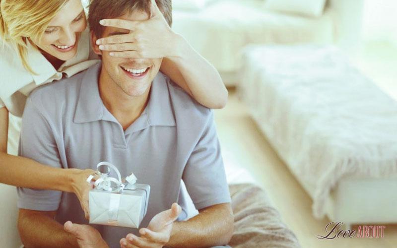 Подарок парню на год отношений своими руками: 3 типа подарков 24-3