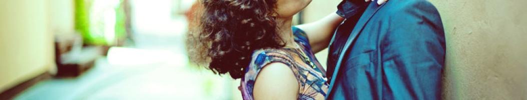 Как понять что девушка тебя любит: признаки