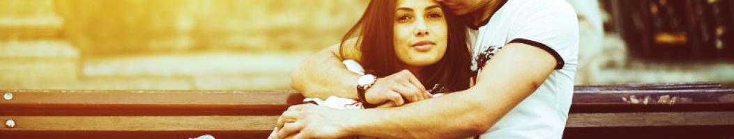 Как понять что парень хочет тебя поцеловать по внешним признакам