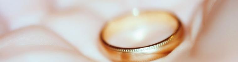 Что делать с обручальным кольцом после развода: рекомендации